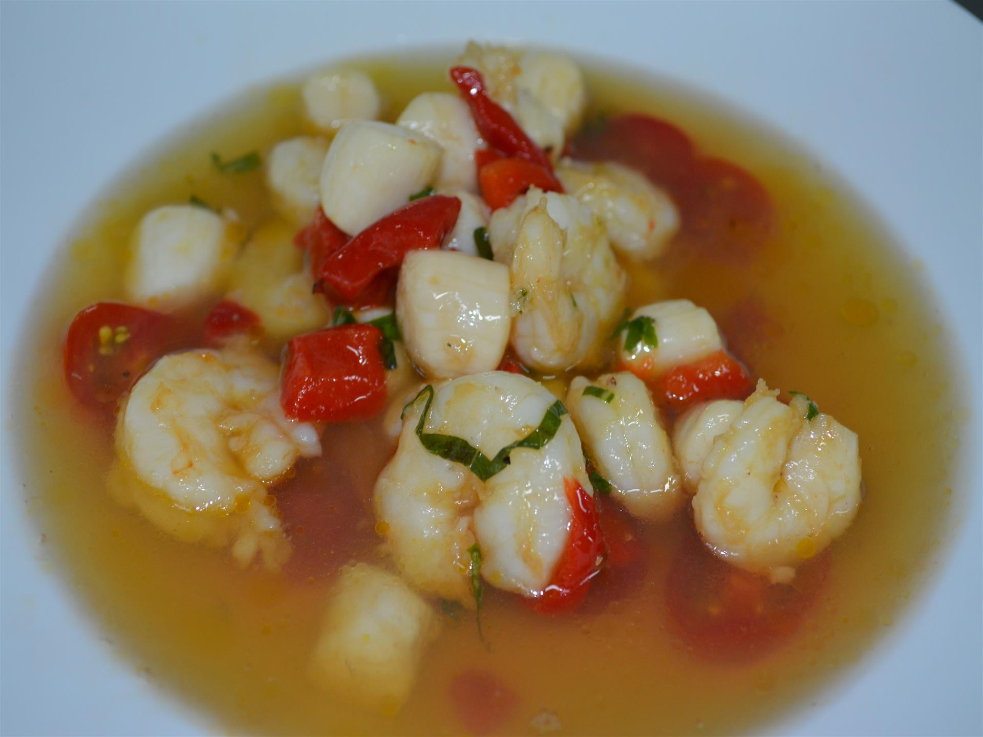 Soup with shrimp and red peppers