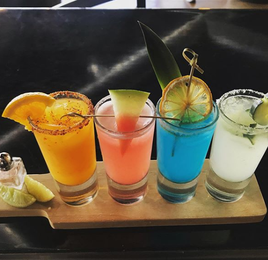 Drink Flight with 4 Different Drinks