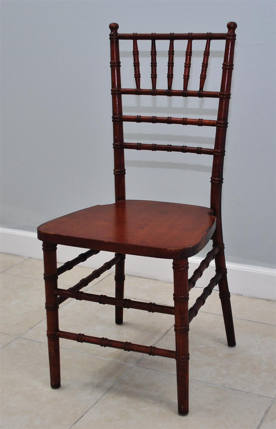 Mahogany Chiavari  w/cushion - $8
