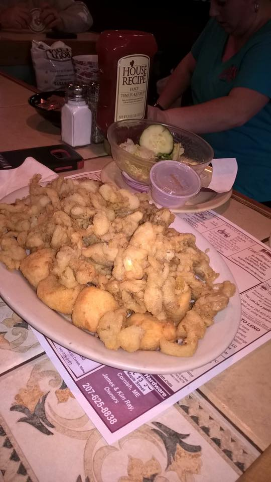 plate of fried calamari