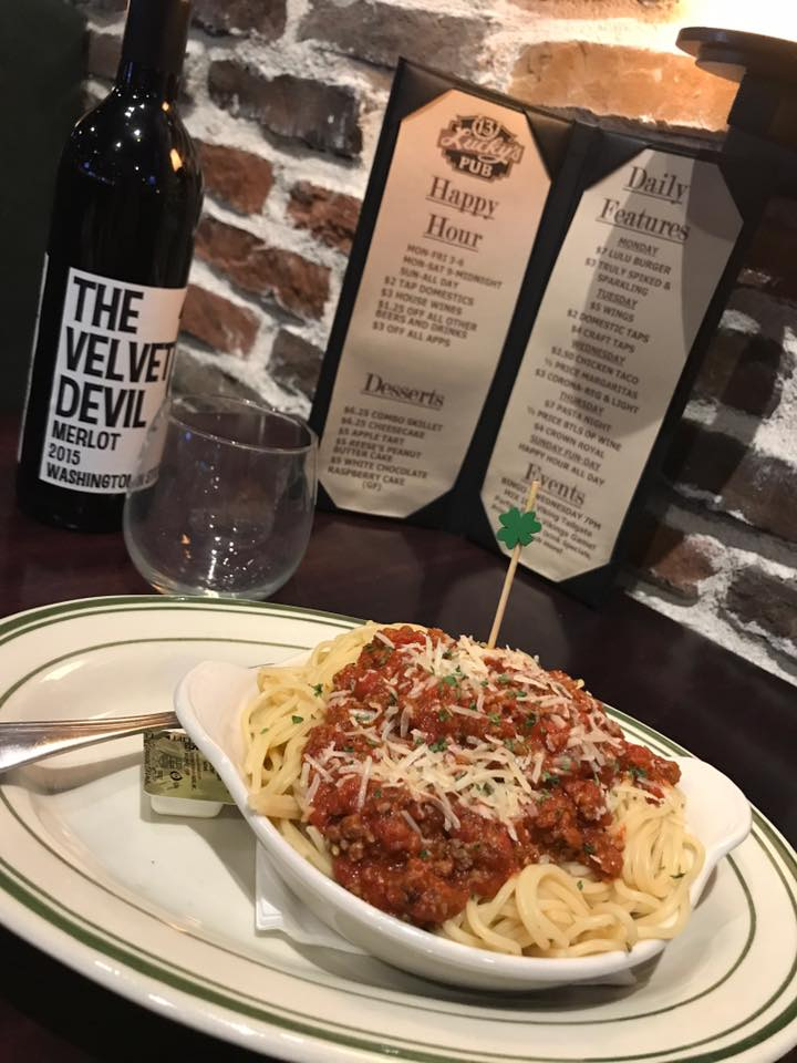 Spaghetti and meat sauce with mozzarella cheese