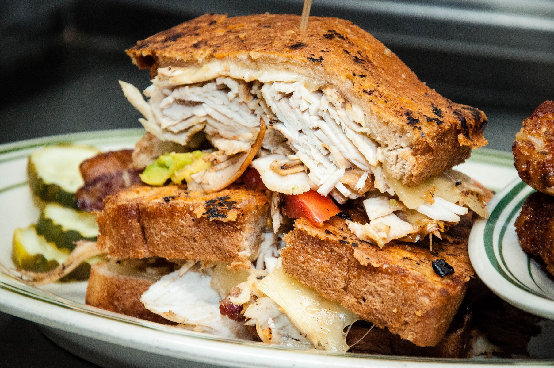 Turkey sandwich with vegetables