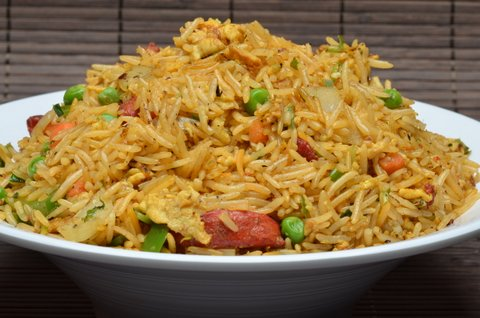 Tandoori fried rice on a plate