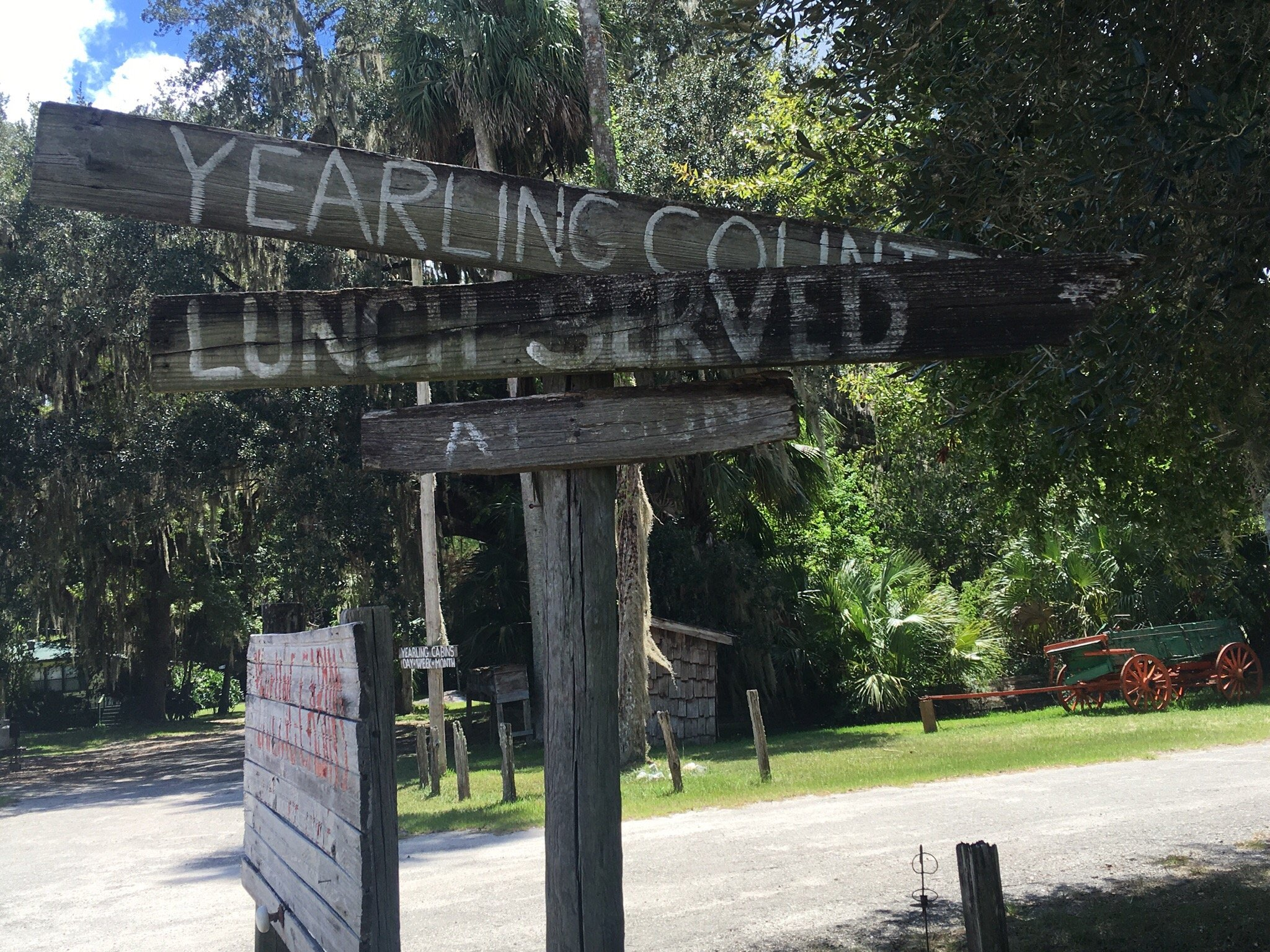 yearling outdoor crossroads signage which indicates lunch is served