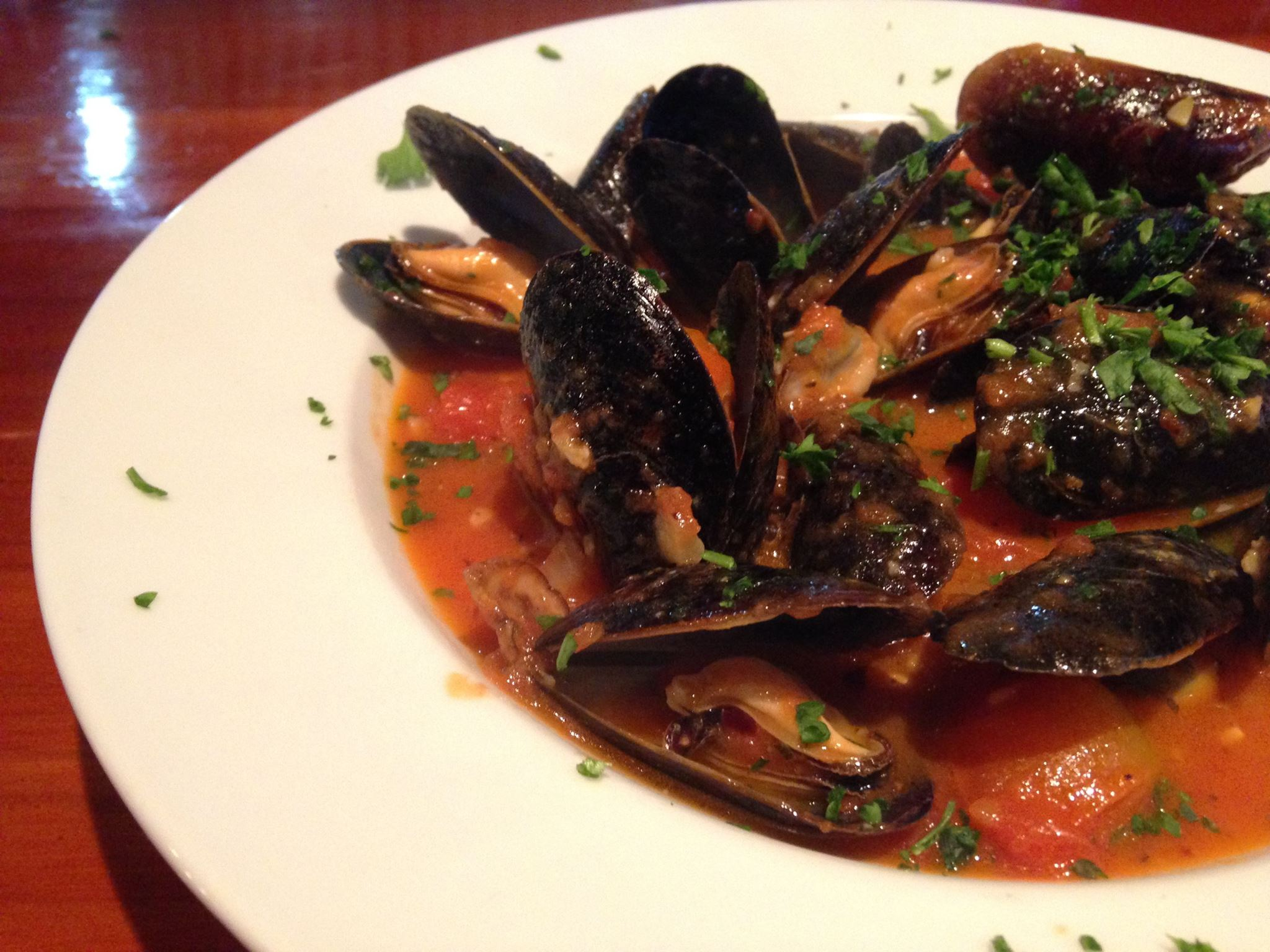 Mussels all tarantina. Mussels in marinara sauce