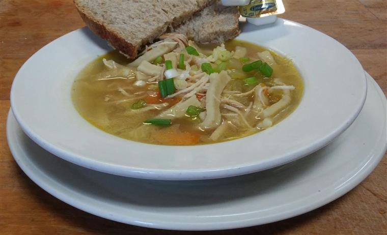 Chicken noodle soup with rye bread
