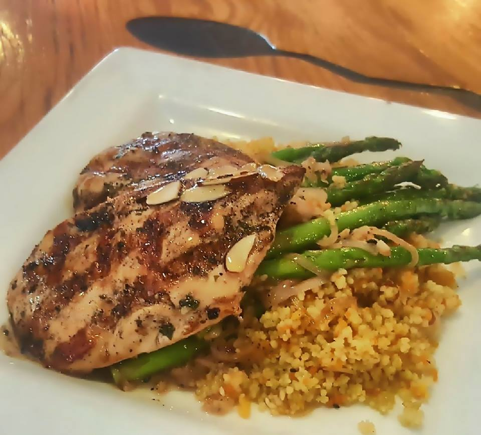 grilled chicken with rice and asparagus