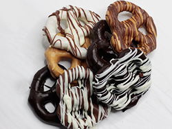 chocolate-covered-drizzle-pretzels