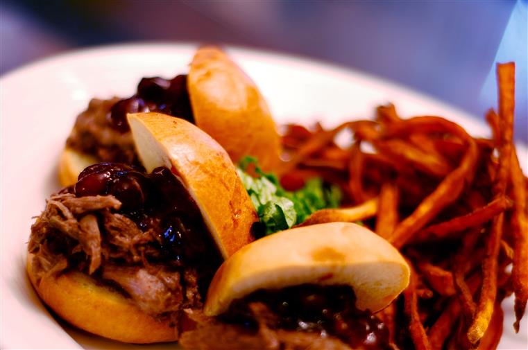 pulled pork on rolls with fries