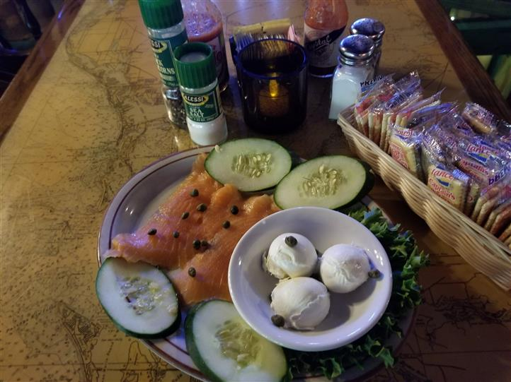 smoked salmon with cream cheese and cucumber slices