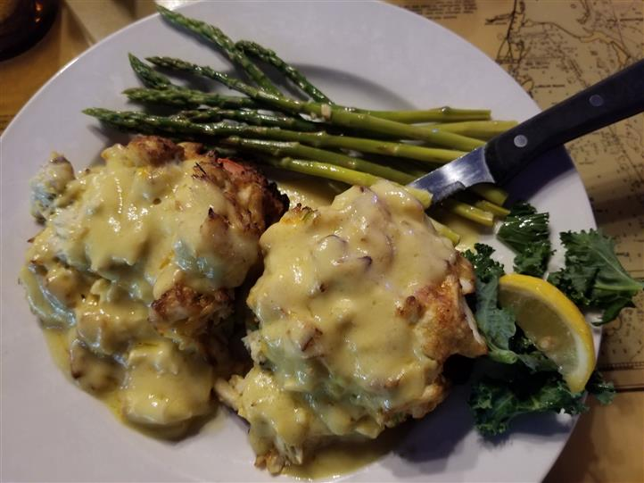 stuffed crab cakes with asparagus