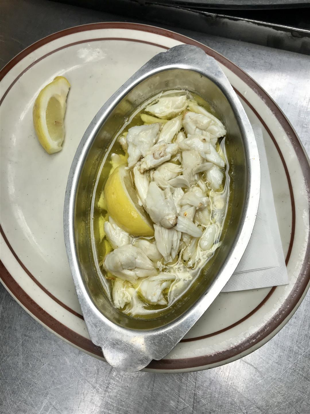 crab norfolf with two lemons