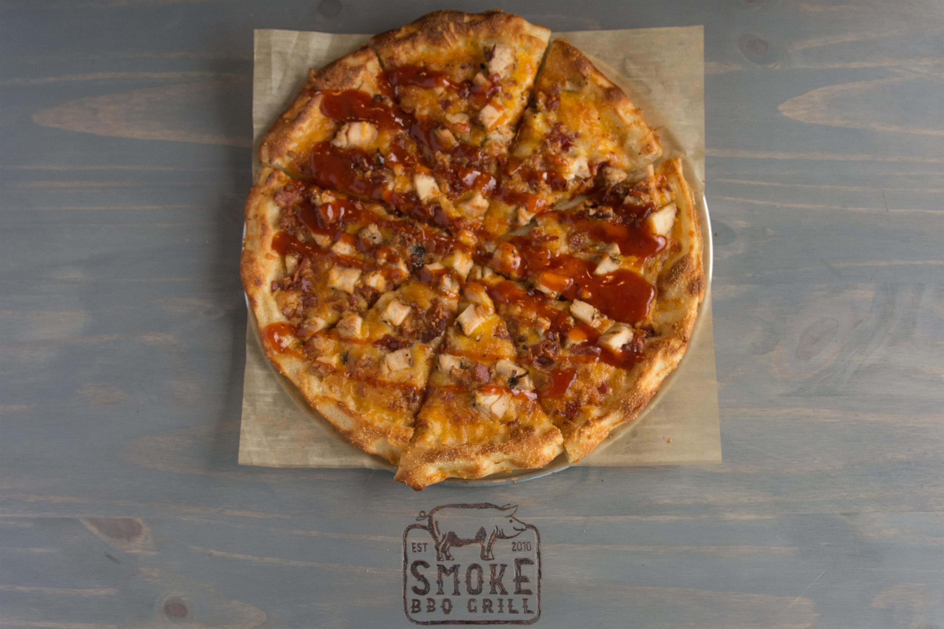 barbecue chicken cheese pizza