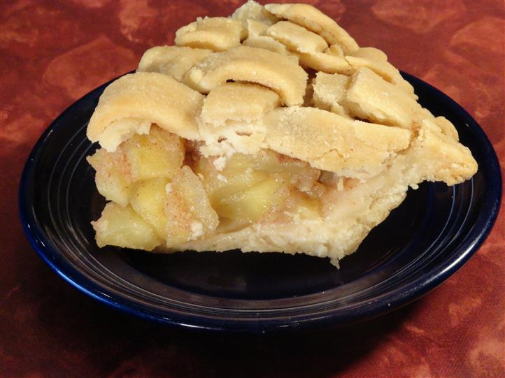 slice of fresh baked apple pie