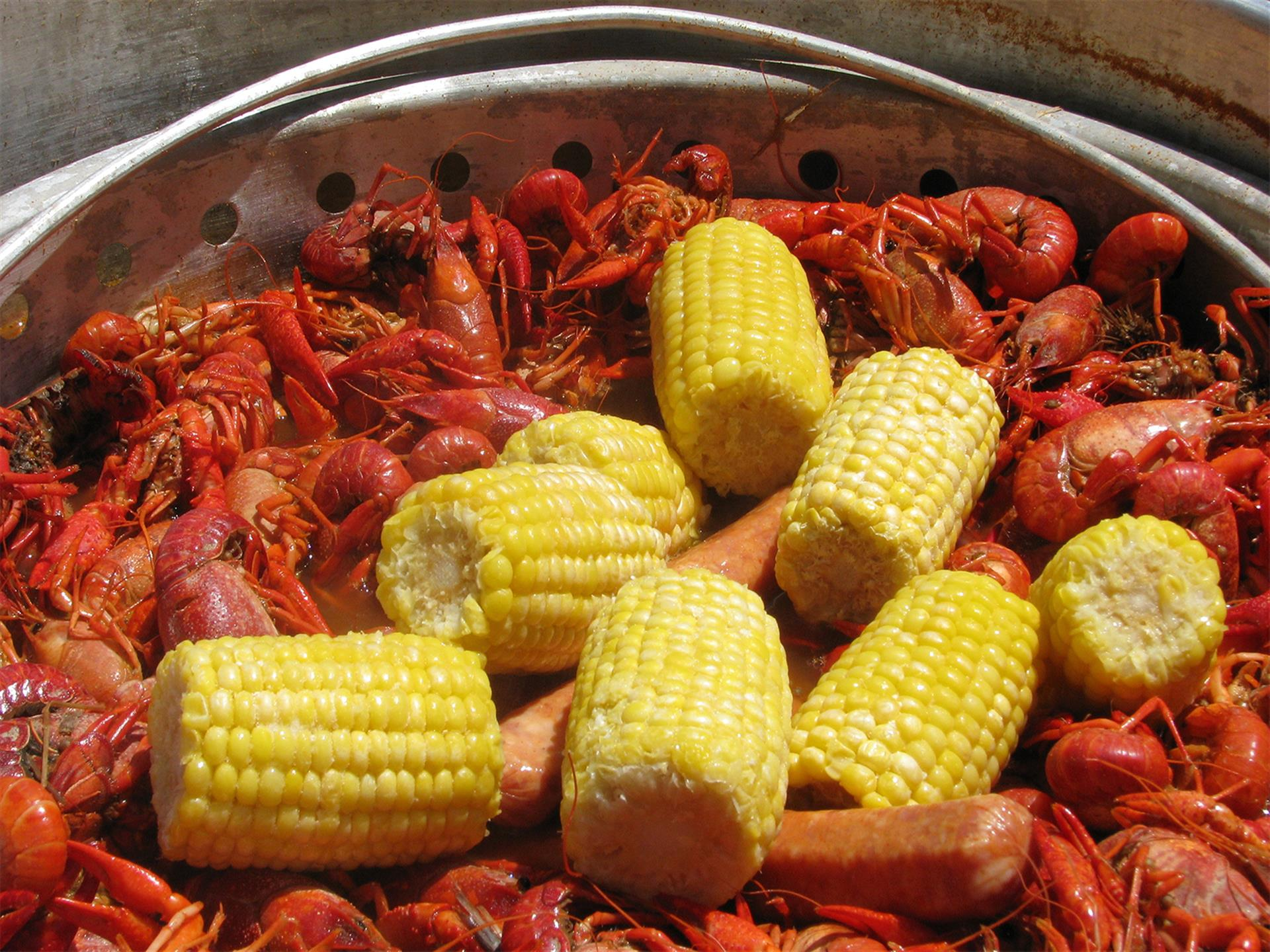 Craw fish with Corn Cobbs