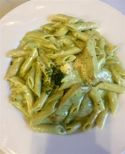 Penne with pesto sauce