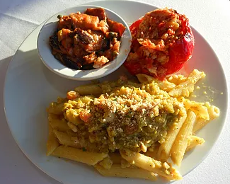 Penne pasta with stuffed pepper