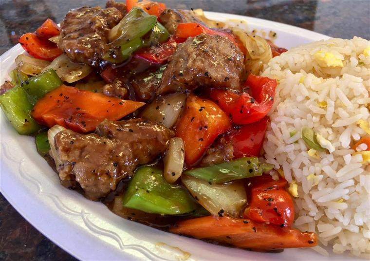 Beef with vegetables, fried rice