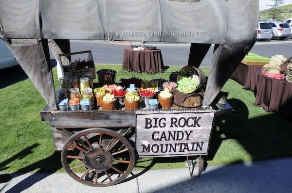 Big rock candy mountain wagon wtih assorted vegetables