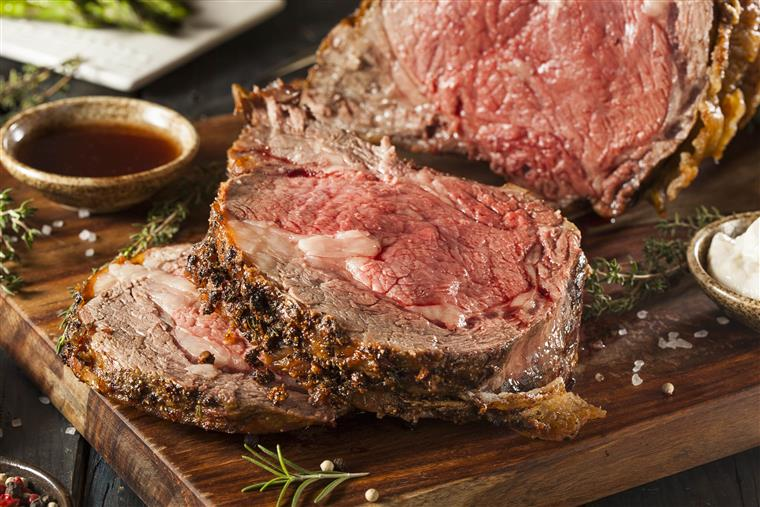 prime rib on carving board