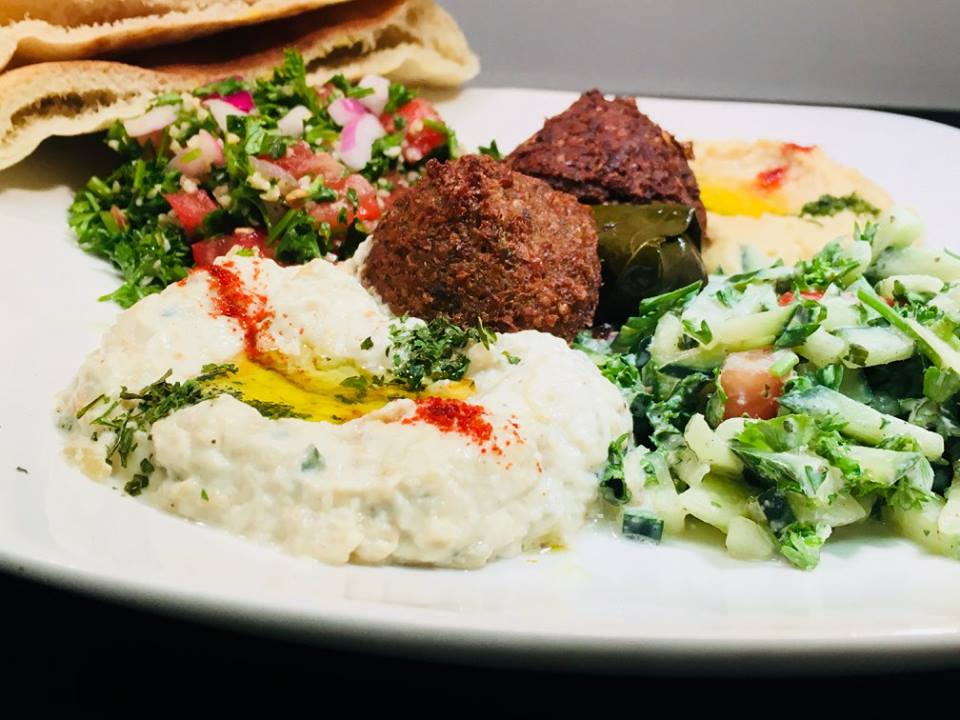 falafel entree with side hummus