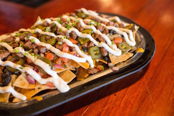 loaded nachos with sauce