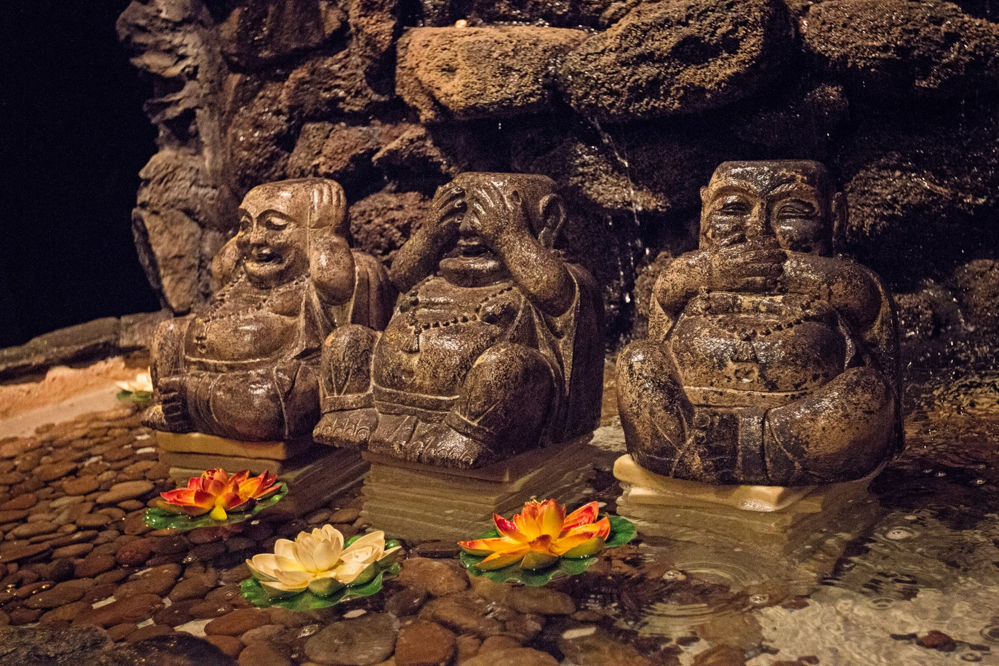 Budha Statues: see no evil, hear no evil, speak no evil.