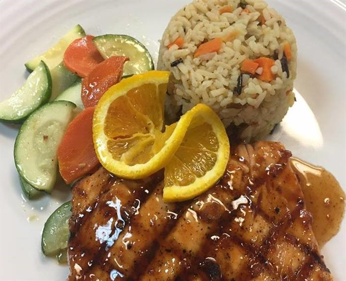 salmon with rice and zucchini