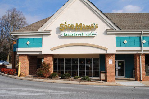 Shoo Mama's Farm Fresh Café front entrance