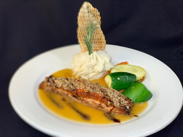 Salmon Filet Crusted with Pecans