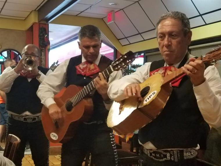 Mariachi band at Tapatios Restaurante Mexicano