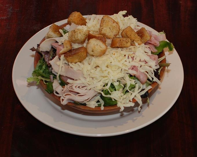 Salad with cheese and croutons