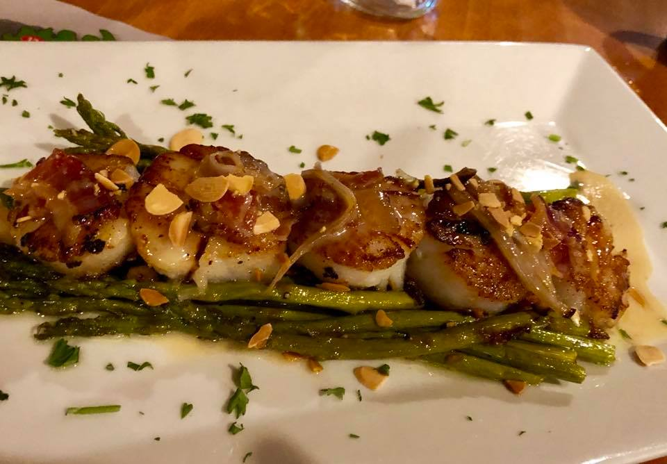 asparagus with seared scallops