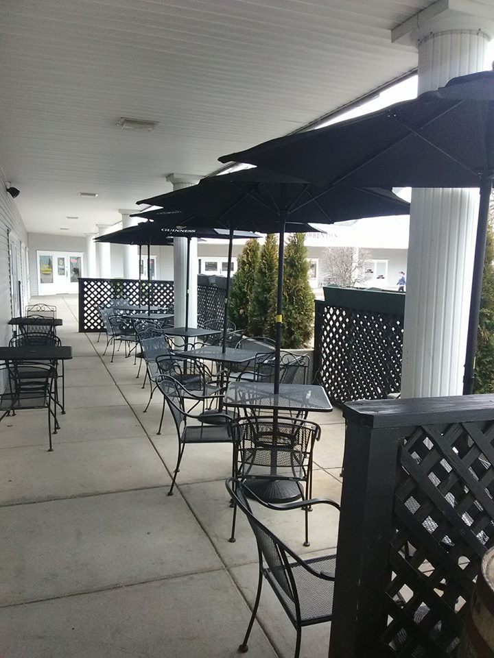 Finnegans Tavern Patio