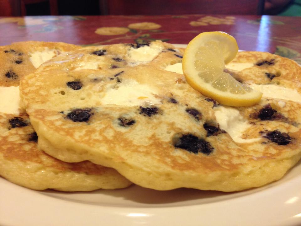 Blueberry lemon-ricotta pancakes