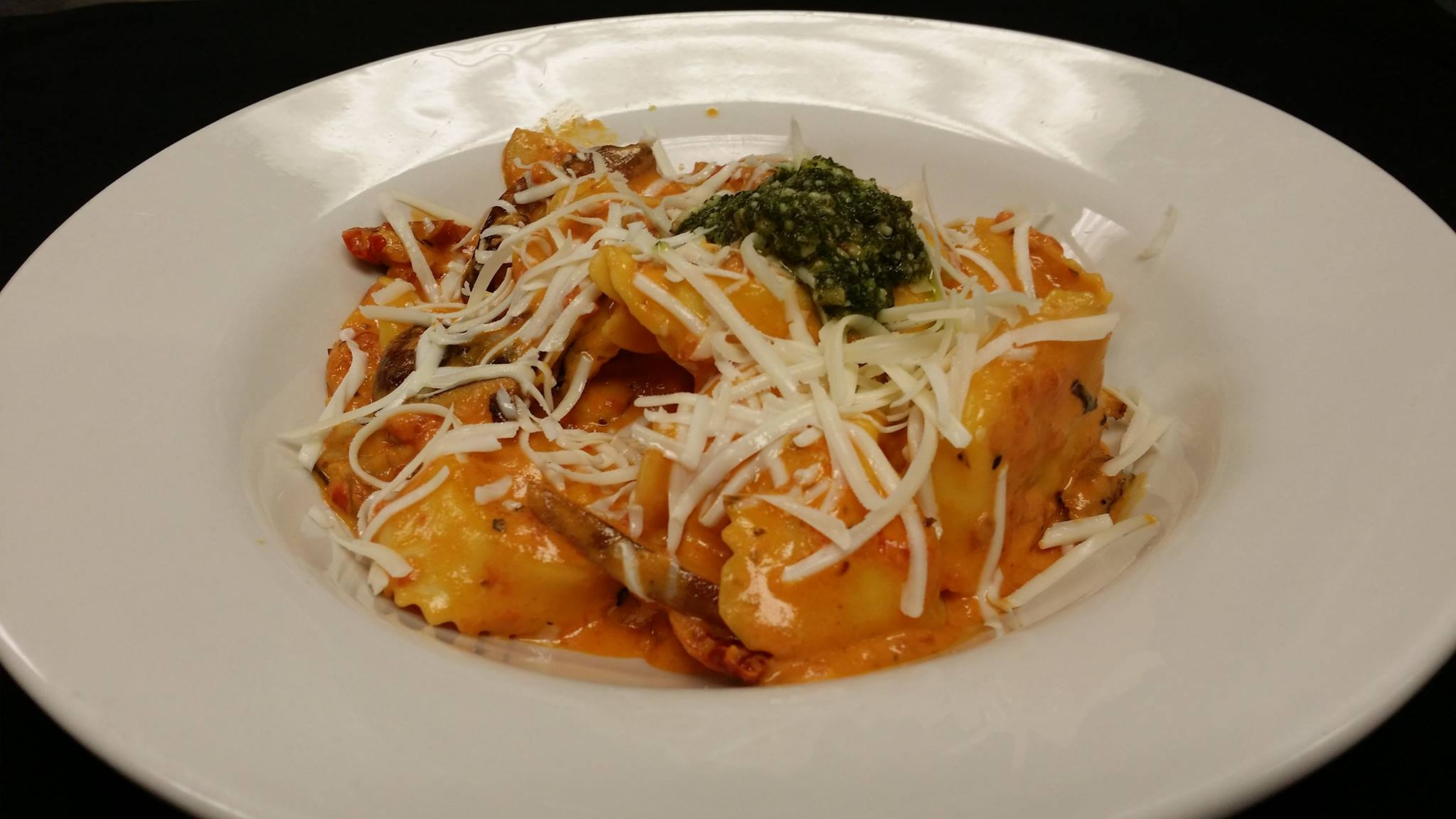 Cheese tortellini in rose sauce