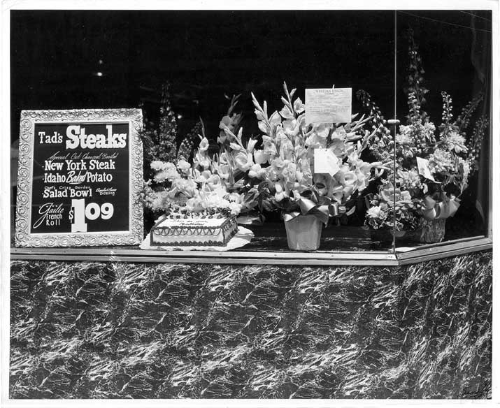 Black and white counter with flowers