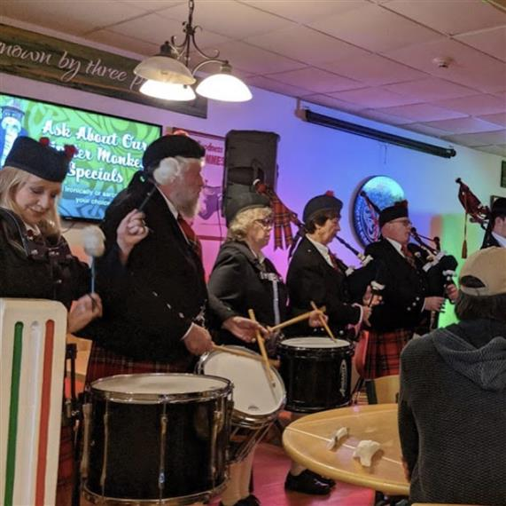 Ocean City Pipe & Drum Band Plays in Shenanigan's Dinning Room