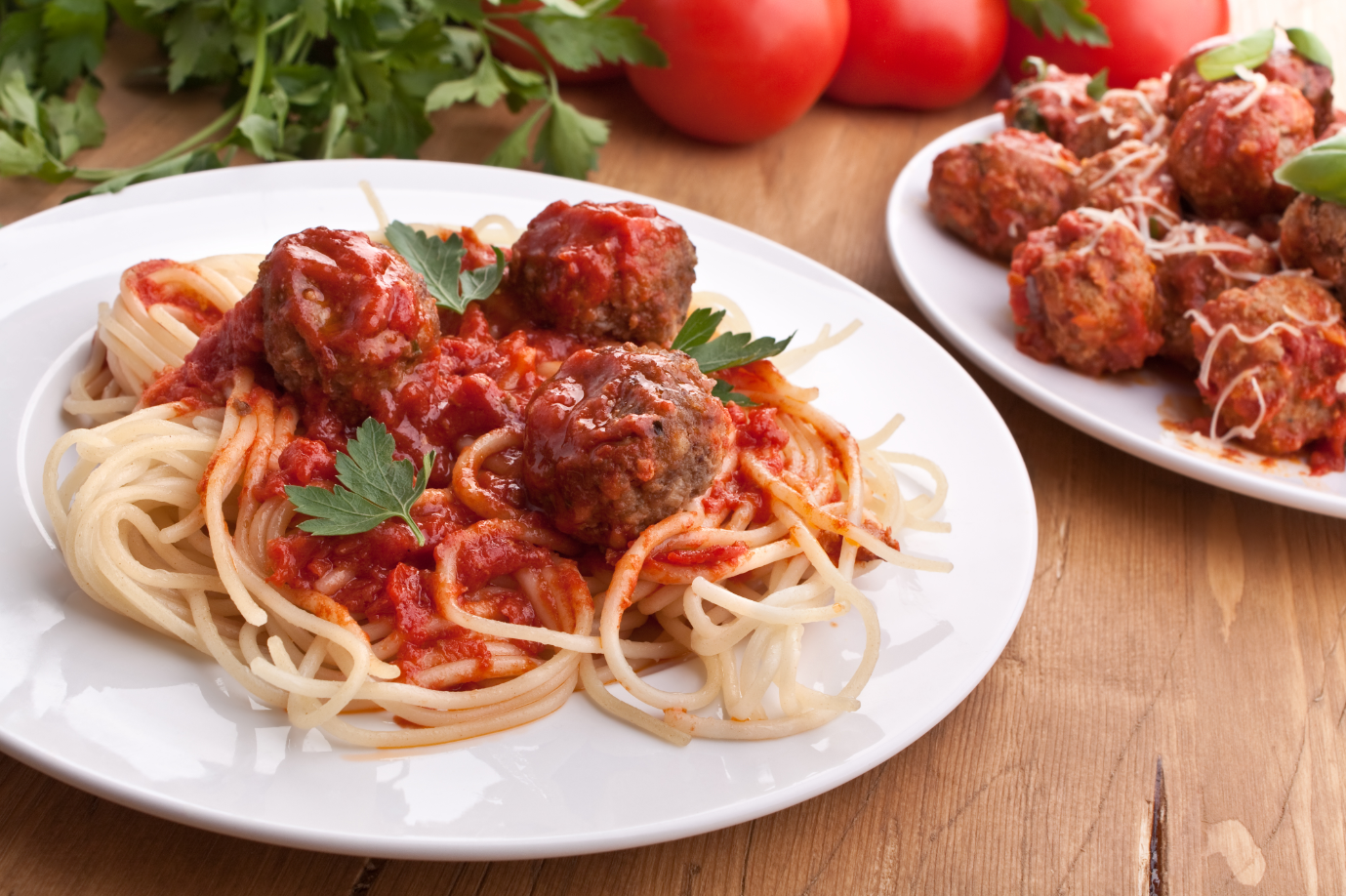 spaghetti with meatballs and red sauce