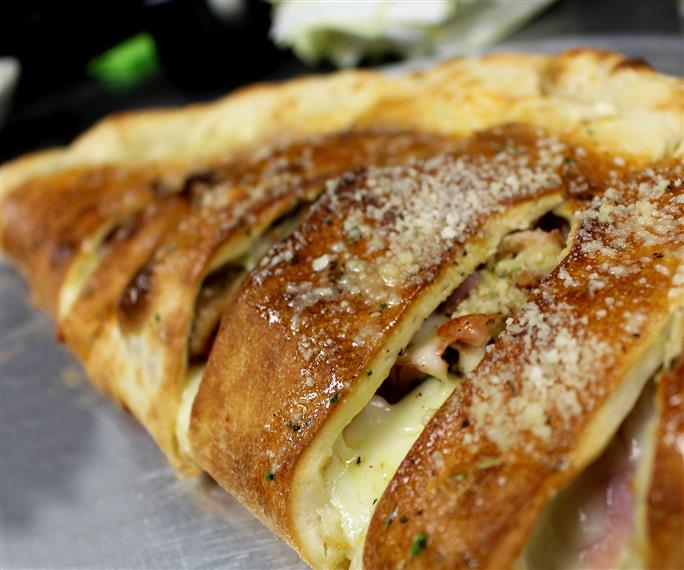 Stromboli at Italian Restaurant, Itavie