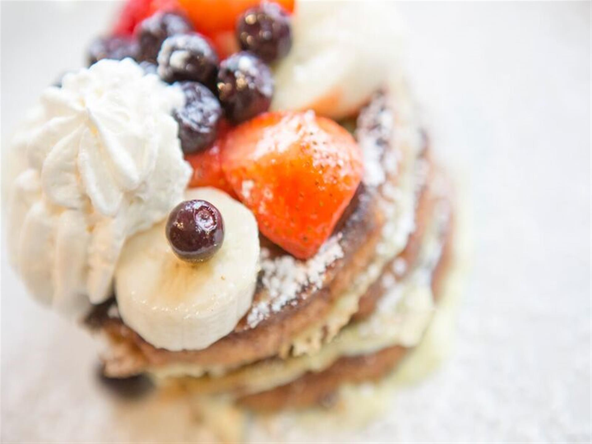 Fresh Fruit Multi-Grain Pancake Medley