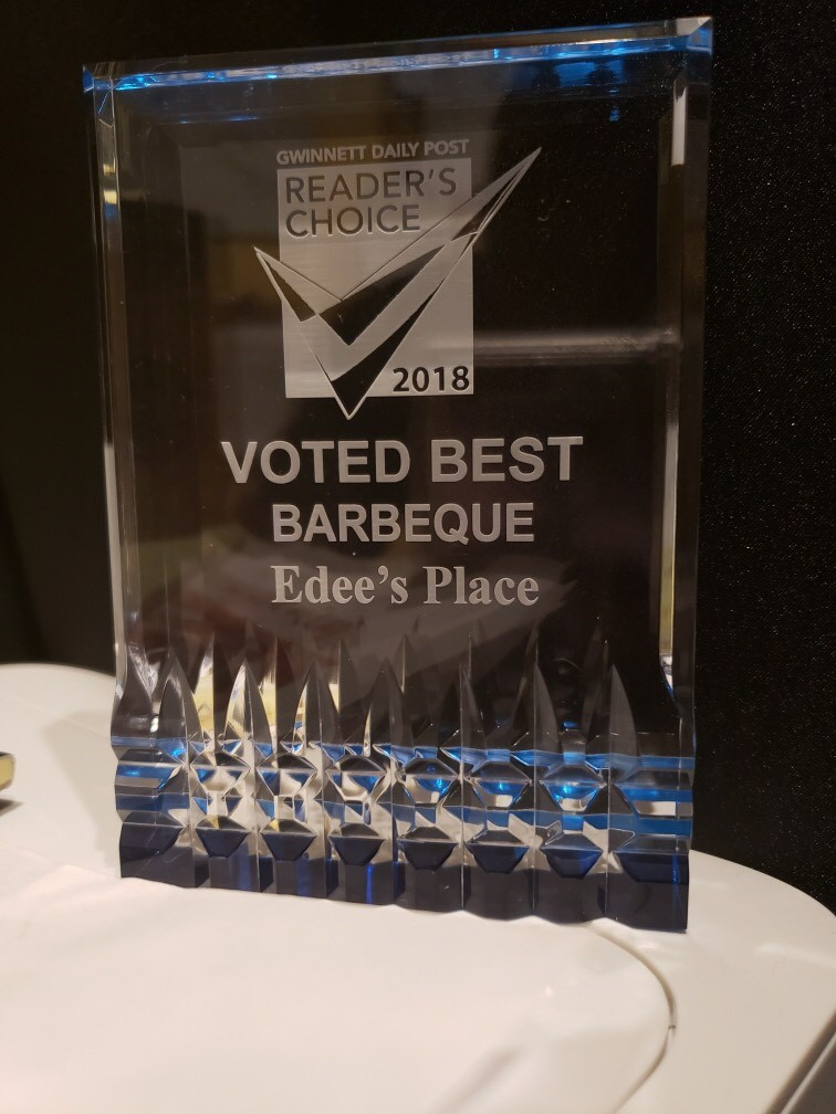 glass plaque that says Reader's Choice 2019 | Voted Best Barbeque - Edee's Place
