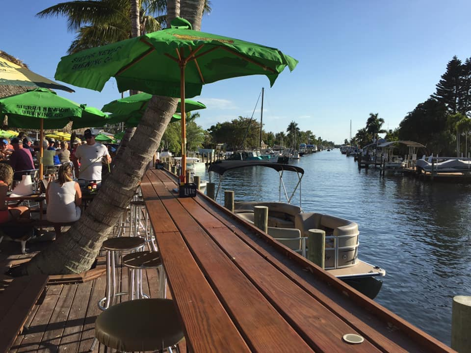 outdoor eating area overlooking cape coral