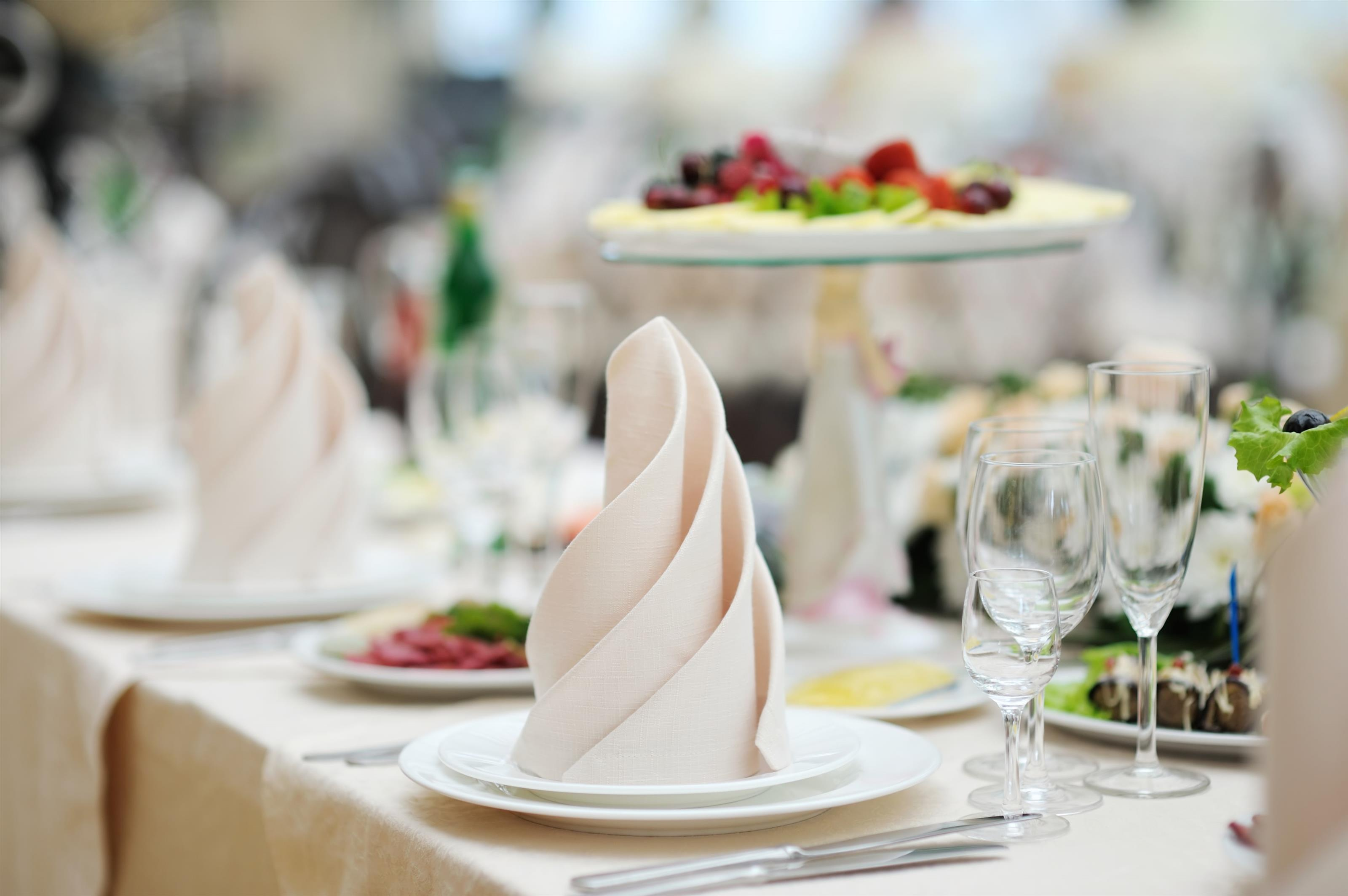 wedding catering placesetting