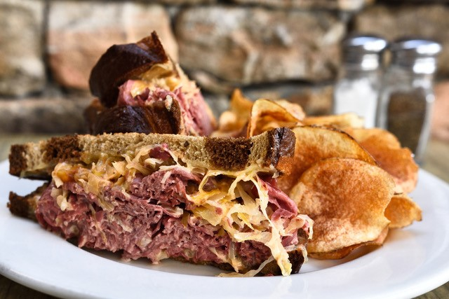 reuben sandwich with chips