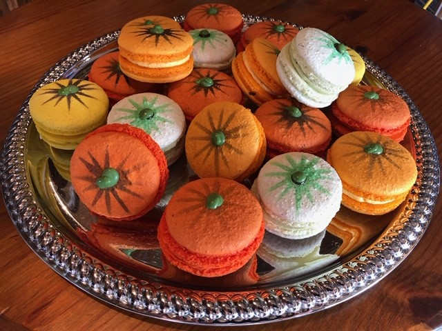 pumpkin decorated macaroons