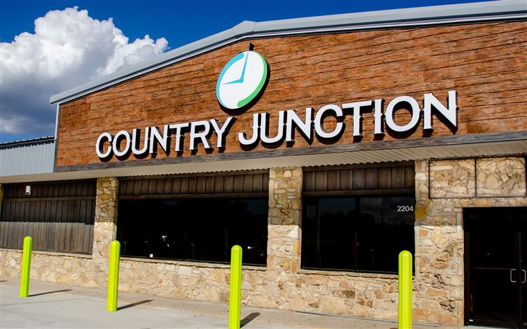 Minits Country Junction