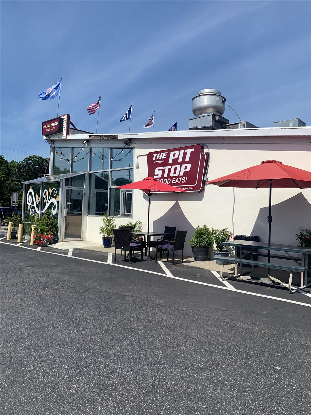 Exterior of The Pit Stop