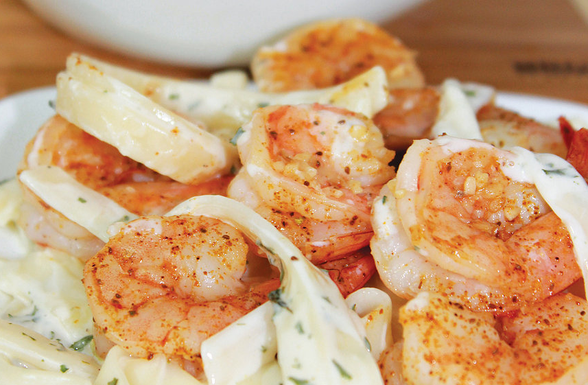 Pasta Alfredo with grilled shrimp