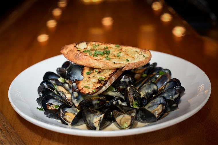 Sherry Cream Mussels. Sautéed Shallots and Garlic, Sherry Cream Sauce, Served with Toast Points